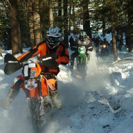 Enduro Snow Riding